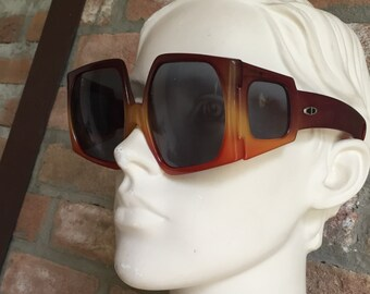 space age extra rare Oversize  woman sunglasses, Christian Dior Vintage 70's, pre-loved