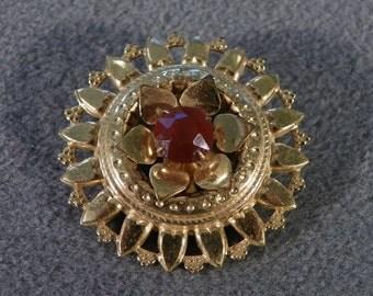 Vintage Red Rhinestone Round Pin Brooch Jewelry Art Deco Style **RL