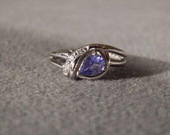 Vintage Sterling Silver Pear Cut Tanzanite 3 Round  Diamond Fancy  Band Ring, Size 7       **RL