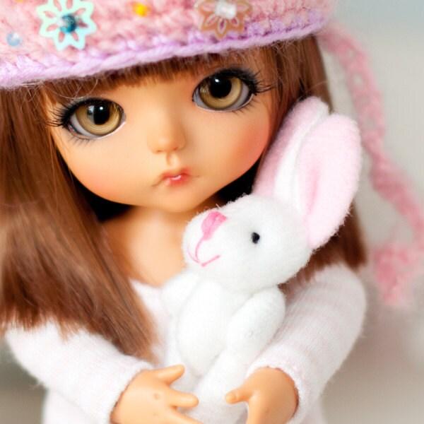 lovely bunny miniature for bjd dolls blythe pullip barbie. Black Bedroom Furniture Sets. Home Design Ideas