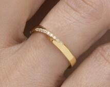 Mobius ring  Diamond mobius ring  Pave mobius ring Wedding band  Black diamonds Rose mobius ring Diamonds  Gold mobius ring Width 2.6mm