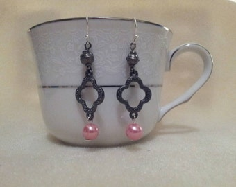 Pink Glass Pearl Earrings