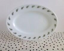 2 Vintage Pyrex Green Leaf Platters, Green Leaf Tableware, Green Leaf Restaurantware, Pyrex Platters, Pyrex Restaurantware, Pyrex Oval Plate