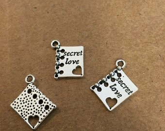 Secret Love Book Charms (9 pieces)