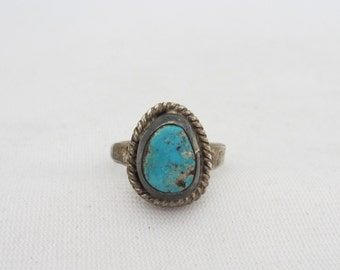 Vintage Old Pawn Sterling Silver Natural Turquoise Ring Size 5.5