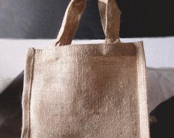 """7"""" x 6"""" x 2-3/4"""" Natural Jute Tote Bags (6 Pack)"""