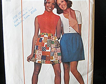 Simplicity Super Simple Skirt Pattern #8632, Misses Size 12, Mini Skirt Pattern Copyright 1969, Complete Vintage Pattern, 2 Pattern Pieces