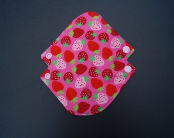 Strawberries Flannel Eve Light Pad
