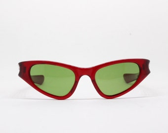 cat eye sunglasses, 50s, eyeglasses, cool ray polaroid, polarized, classic cat eye, red frame, green lens, rockabilly, vintage, eyewear,