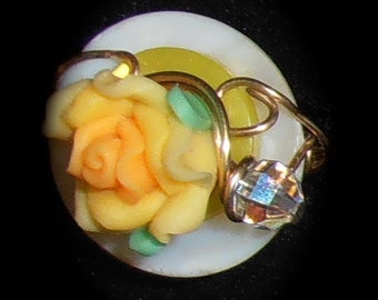 The Yellow Rose Ring