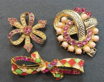 Three Pretty Pink Vintage Brooches-Free shipping