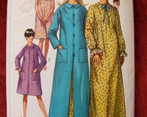 Vintage Misses' Robe / Nightgown Misses' Size 18 20 1960's Simplicity Sewing Pattern 7363