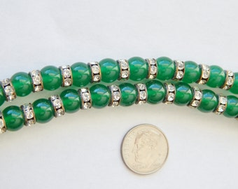 Round Emerald Green Glass And Rhinestone Vintage Necklace 36""