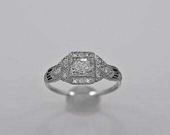 Vintage Engagement Ring .28ct. Diamond & Platinum Art Deco - J35564