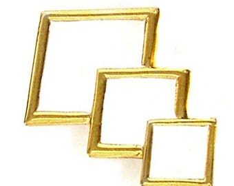 LANVIN, white enamelled brooch of the 1970s