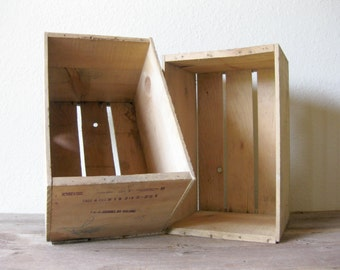 Vintage  Wooden Apples Crate ~ Apple Crate ~ Storage Crate ~ Oro Fruit Company ~ Price is for 1 Crate