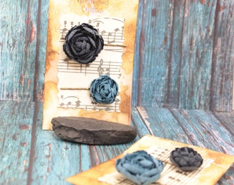 blue paper flower hair pins