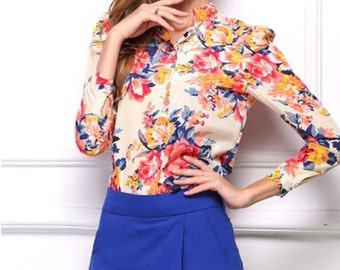Floral Blouse (Size Small)