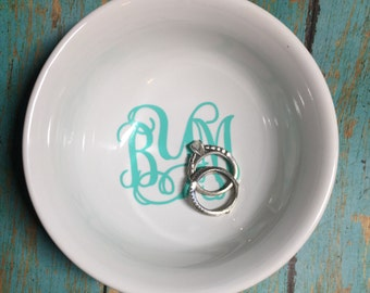 Personalized  Monogram footed Jewelry dish bridesmaid gift wedding shower newlywed *please read entire description*