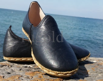 sandals,footwear,shoes,custom shoes,Slippers,foot,different shoes, Turkish shoe,Ottoman shoe.