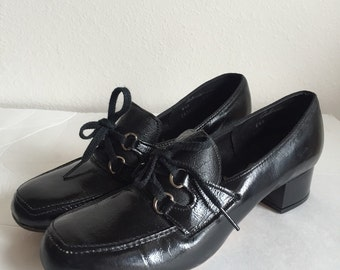 Vintage Black Lace-Up Chunky Heel Shoes Flings Size 6.5