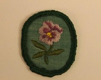 Vintage Girl Scout Merit Badge - Pansy - flower strength troop crest kjallraven Hershel