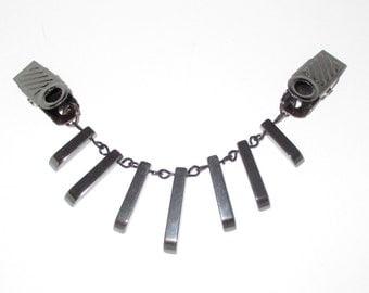 Black Hemalyke™ (manmade) Sweater Guard Collar Clip