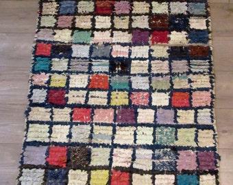 Moroccan rug boucherouite 063 (boucharouette) berber tribal art