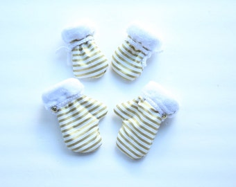 Gold Stripe Mittens