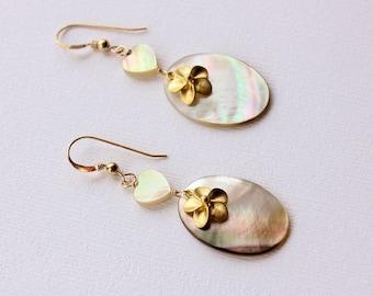 Yellow Lip Pearl Plumeria Earrings, Shell Frangipani Earrings, Hawaiian Shell Plumeria Earrings, Beach Wedding, Bridesmaid Gifts, Charms
