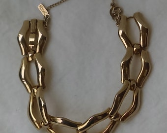 Vintage Monet bracelet silver tone links, safety chain