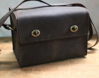 Camera bag,Camera messenger bag,Leather camera bag ,waxed thread, crazy horse leather,handmade.