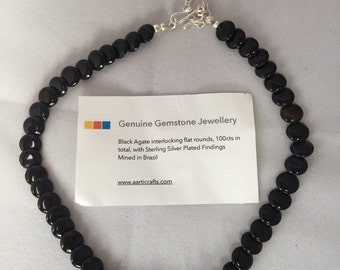 100cts Black Agate interlocking flat rounds necklace 36cm approx.