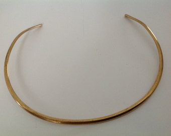 Vintage 70s retro gold medal choker necklace
