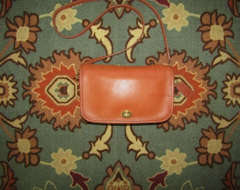 """Coach ~ City Bag ~ Golden Tan ~ Vintage ~ Recycled ~ Awesome  ~  9"""" X 6"""" X 2"""""""