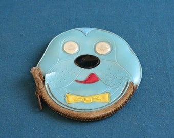 vintage small Wallet for Small change (money) in the form of Face of a dog made from plastic 60's 70's