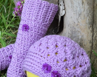 Toddler hat and leg warmer set