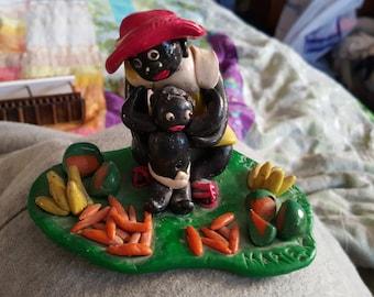 Handmade vintage souvenir Antigua island mother and child sculpture culture