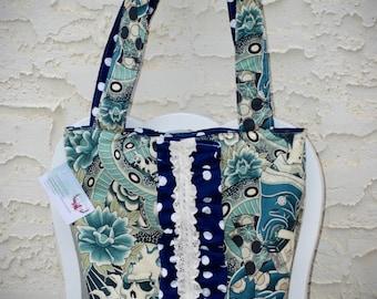 Ruffled tote/diaper bag