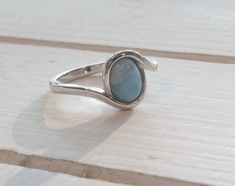 Oval Larimar ring with wave design -925 Sterling Silver -  Dominican Larimar - Calming Stone - healing stone