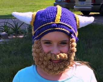 MN Vikings hat with beard, viking hat, with braids, crochet viking hat with braids, viking helmet, Minnesota Vikings hat, Viking costume