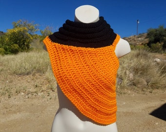 Katniss Everdeen Pumpkin Cowl, Pumpkin Cowl, Cowl, Celebrity based cowl, Crochet Cowl, Knitted Cowl, Hand-made cowl, Orange Cowl, green cowl