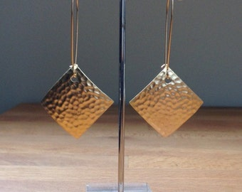 Long matte gold hammered diamond shape earrings