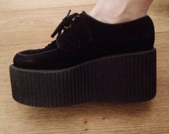 Original triple-soled Creepers number 38