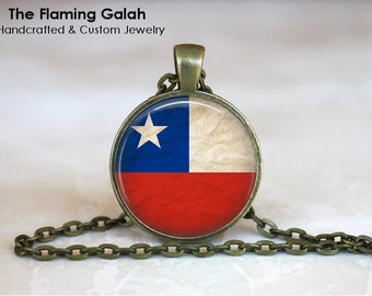 CHILEAN Flag Pendant • Vintage Chile Flag • Chile Flag • South American Flag • Gift Under 20 • Made in Australia (P1128)