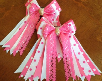 Equestrian Bows for Horse Shows/equestrian clothing/pink white