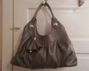 Stylish Poppie Jones Handbag!