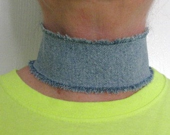 Trendy wide denim, choker necklace, chic edgy grunge, frayed edge, distressed denim, faded jeans, reversible choker, fashion statement