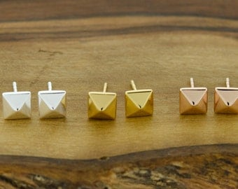 925 Sterling Silver Square Pyramid Studs