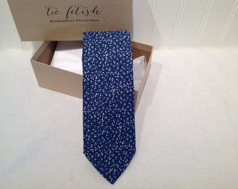 Shades of blue neck tie